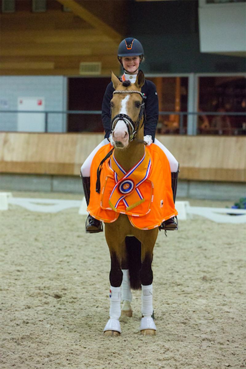 Cappuccino Royale en Micky Schelstraete Nederlands Kampioen M2