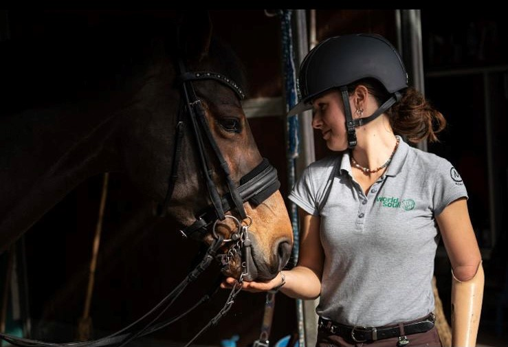 Frederica Sileoni & Burberry Win the First Place at the Casale San Nicola Roma